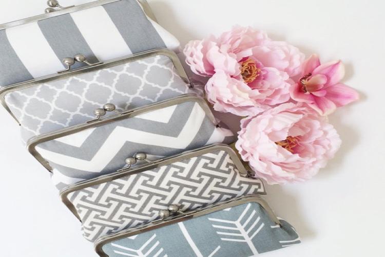 Oatmeal-Lace-Design-Etsy